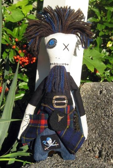 Monster Blue Beard Pirate under Kilt ps V copy