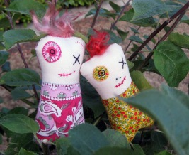 Monster Minis Friends pink & red ps copy